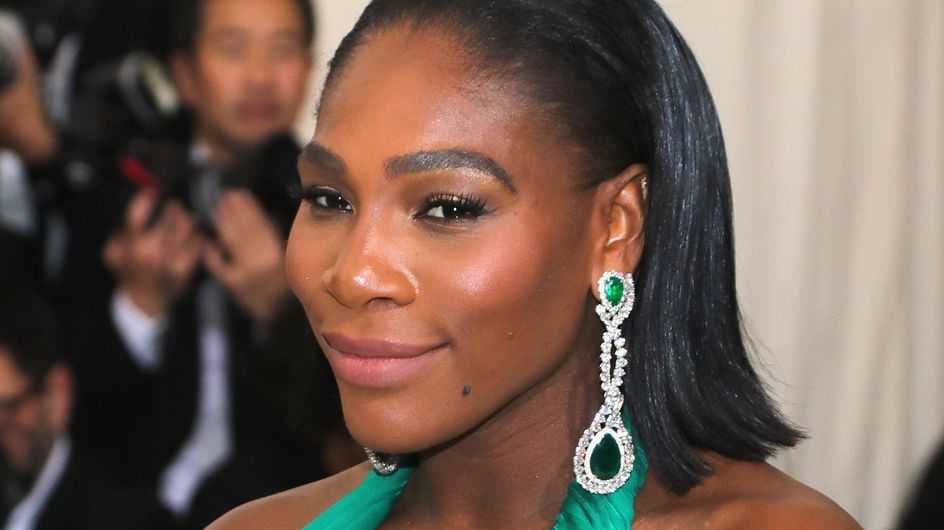 Serena Williams, enceinte et resplendissante en couverture de Vanity Fair (Photos)