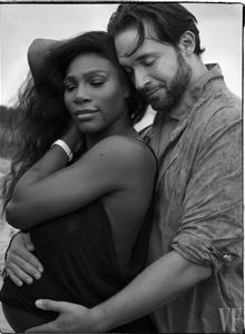 Serena Williams, enceinte et resplendissante en couverture de Vanity Fair