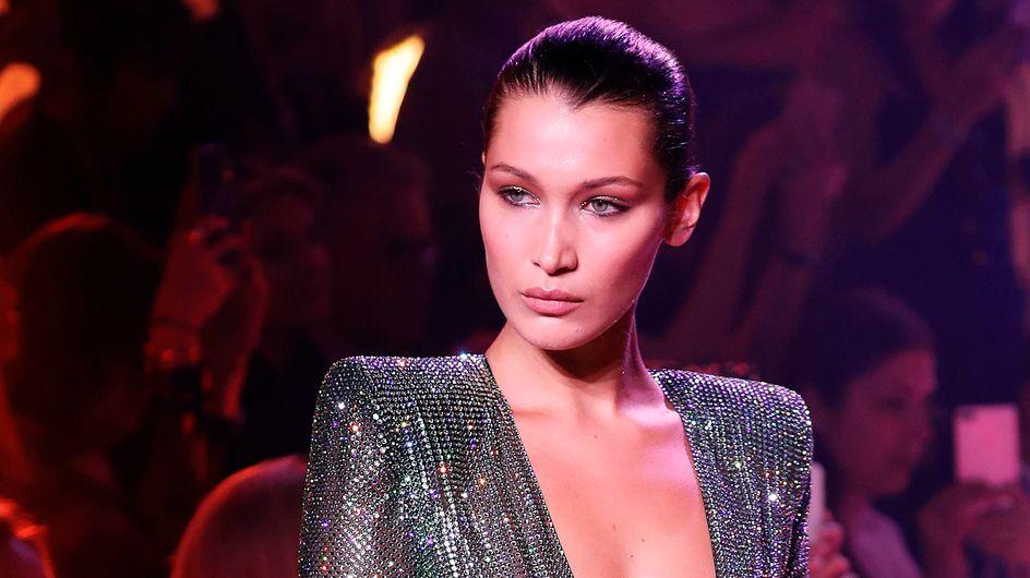 Bella Hadid défile seins nus lors de la Fashion Week parisienne (Photos)