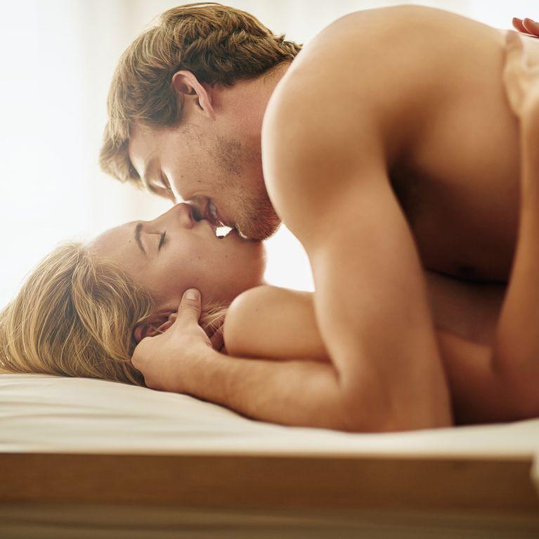 beneficios de hacer el amor con frecuencia