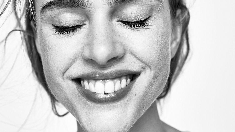 Längere Wimpern bekommen: Hausmittel vs. Wimpernserum im Test