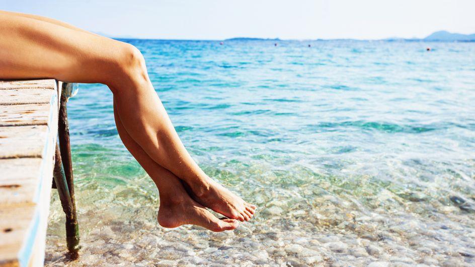 6 formas de combatir la hinchazón de piernas en verano