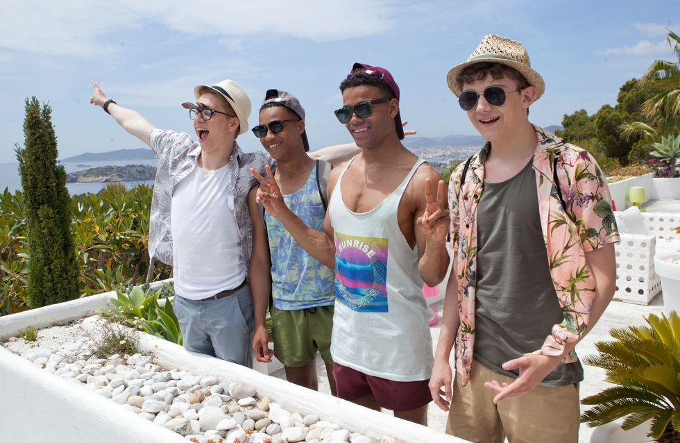 Hollyoaks 25/07 - The Gang Arrive In Ibiza