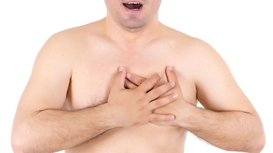 """De plus en plus d'hommes complexés par leurs """"seins"""" ont recours à la chirurgie"""
