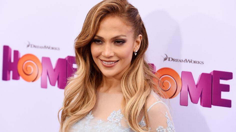 Cette bodybuildeuse est le sosie parfait de Jennifer Lopez ! (photos)