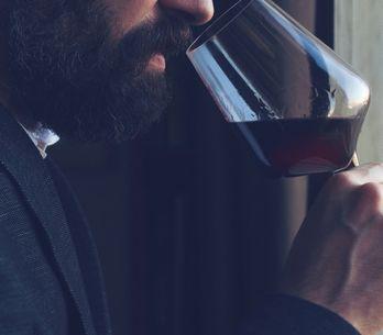 Cosa si nasconde dietro l'uomo che non ama il vino