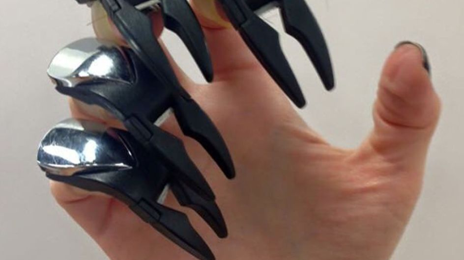 This New 'Claw Cutting' Hairdressing Technique Is Edward Scissorhands IRL