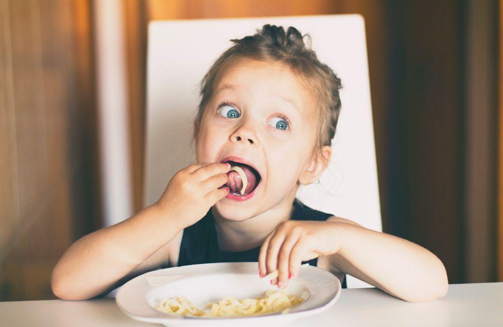 5 astuces (validées par les parents) pour des repas 100% réussis avec les enfants