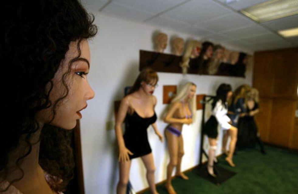 Aux Etats-Unis, un robot sexuel programmé pour être violé fait scandale !
