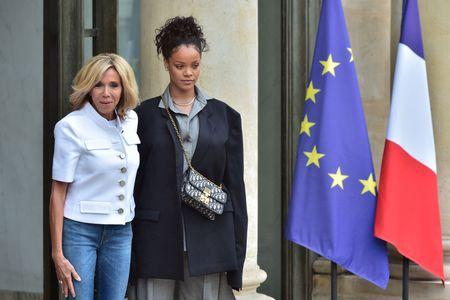 Rihanna y Brigitte Macron
