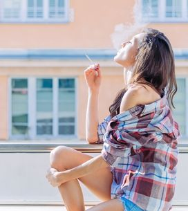 Experten warnen: So gefährlich ist Nikotin in der Kleidung für Babys