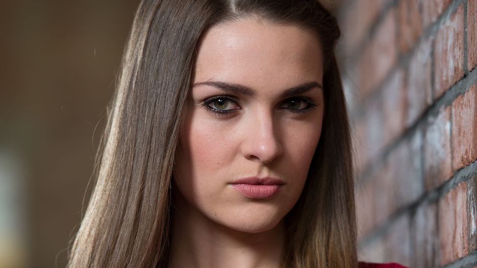 Hollyoaks 14/08 - The Blackmailer Posts A Letter Addressed To Sienna