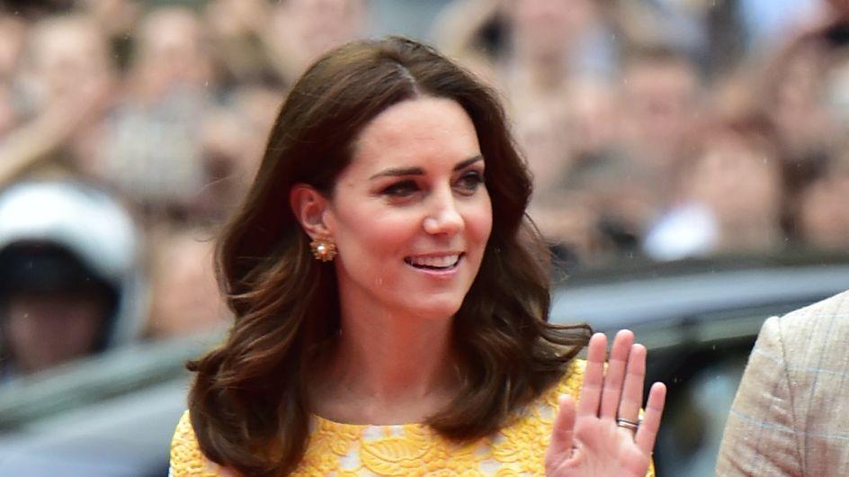 Kate Middleton emporte toujours avec elle une robe noire, et la raison est bien malheureuse...