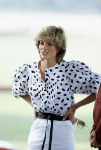 Die 80er-Blusen sind im Herbst 2017 echte Must-haves!