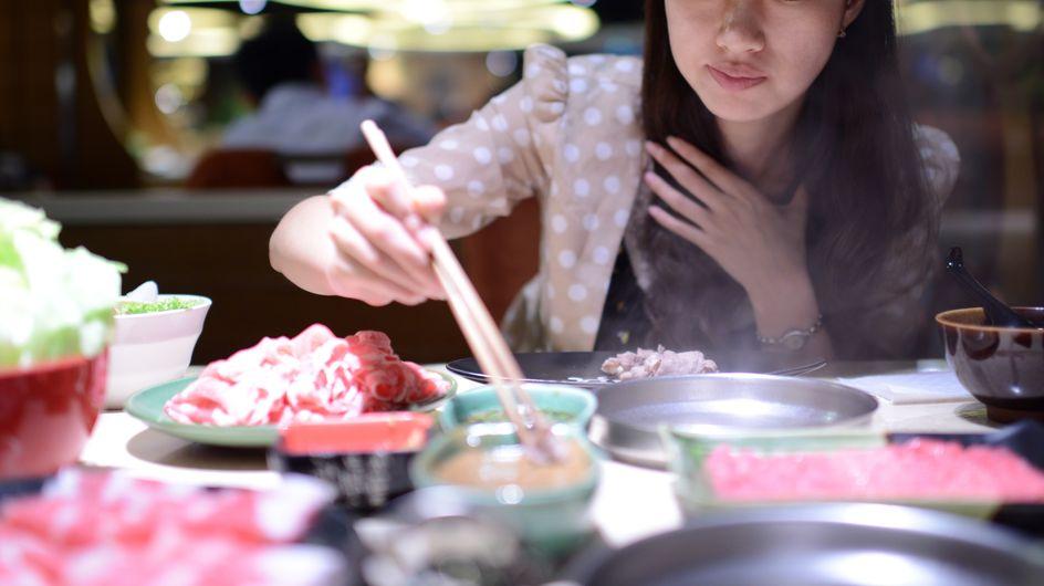 En Chine, un restaurant propose des réductions aux femmes en fonction de leur tour de poitrine