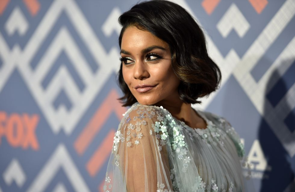 Méconnaissable ! Vanessa Hudgens change de coupe (photos)