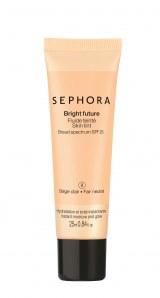 SEPHORA Bright Future SkinTint SPF 25 - 13,90 euro