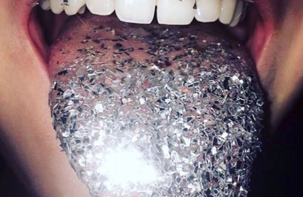 People On Instagram Are Dipping Their Tongues In Glitter And It Looks Cool AF