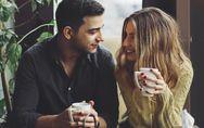 Il linguaggio del corpo maschile: 8 segni infallibili per capire che è innamorat