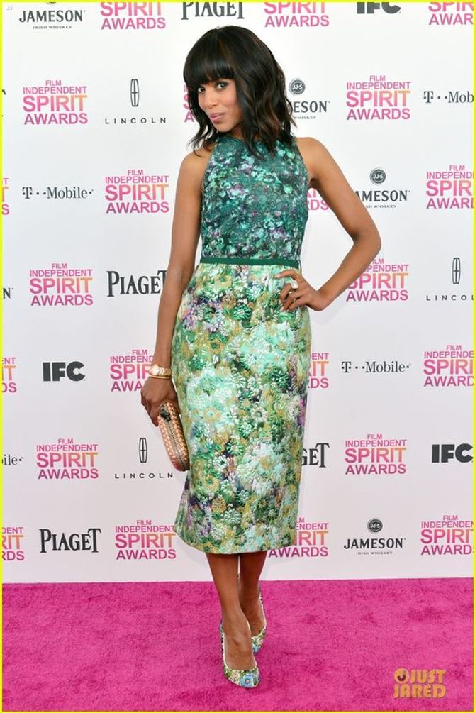 Kerry Washington in longuette
