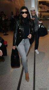 Kim Kardashian a collo alto