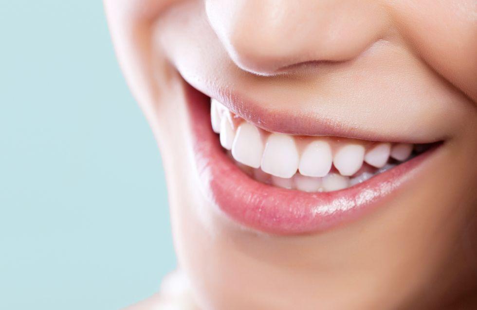 Weiße Zähne bekommen: Die ultimativen Tipps für ein strahlendes Lächeln