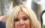 Brigitte Macron, radieuse dans une mini-robe bleue à Athènes (Photos)