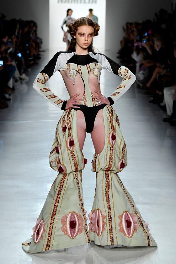 Vagina fashion