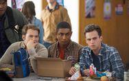 Un acteur de 13 Reasons Why défend courageusement la communauté gay