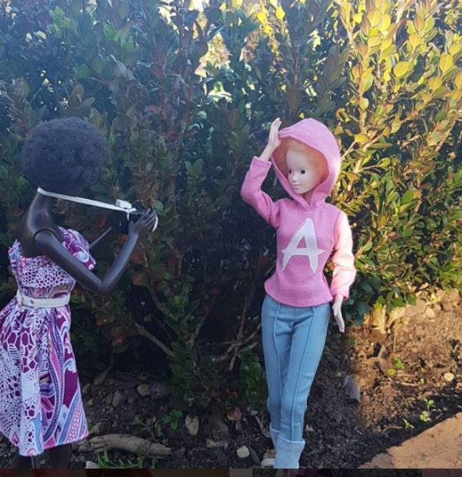 La première poupée albinos