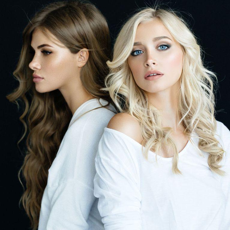 Von braun auf blond: Die besten Tipps zum Haare blondieren