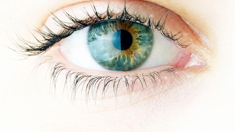 Cette femme risque de perdre la vue à cause d'un tatouage de l'œil !