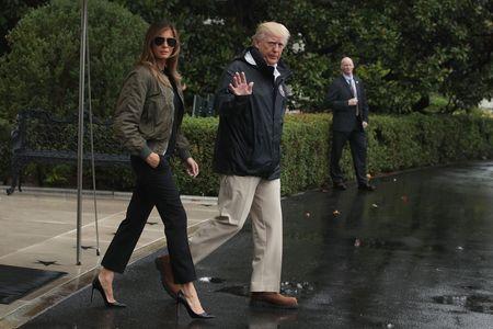 Melania et Donald Trump en partant pour le Texas
