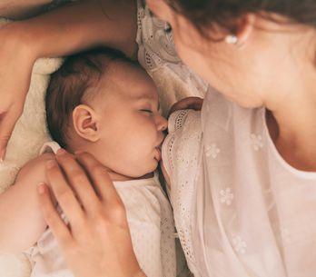 Allattamento al seno: i benefici e i consigli preziosi su come farlo