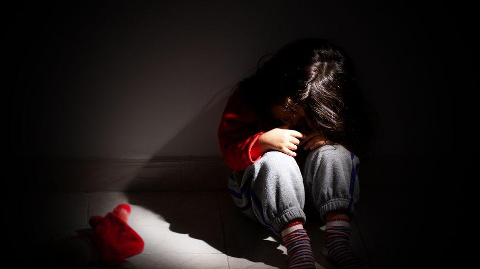 Etats-Unis : Violée à 12 ans, son agresseur obtient la garde de l'enfant né de ce viol