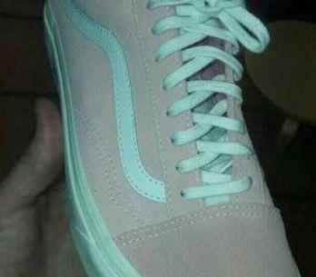 Il nuovo tormentone: di che colore sono queste scarpe?