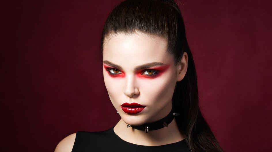 Trucco da vampira per Halloween: da bambina o sexy, la guida definitiva per il tuo glam look da brividi!