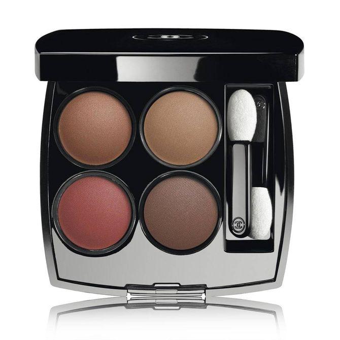 """Palette """"Candeur et Expérience"""", Chanel - 52 euros"""