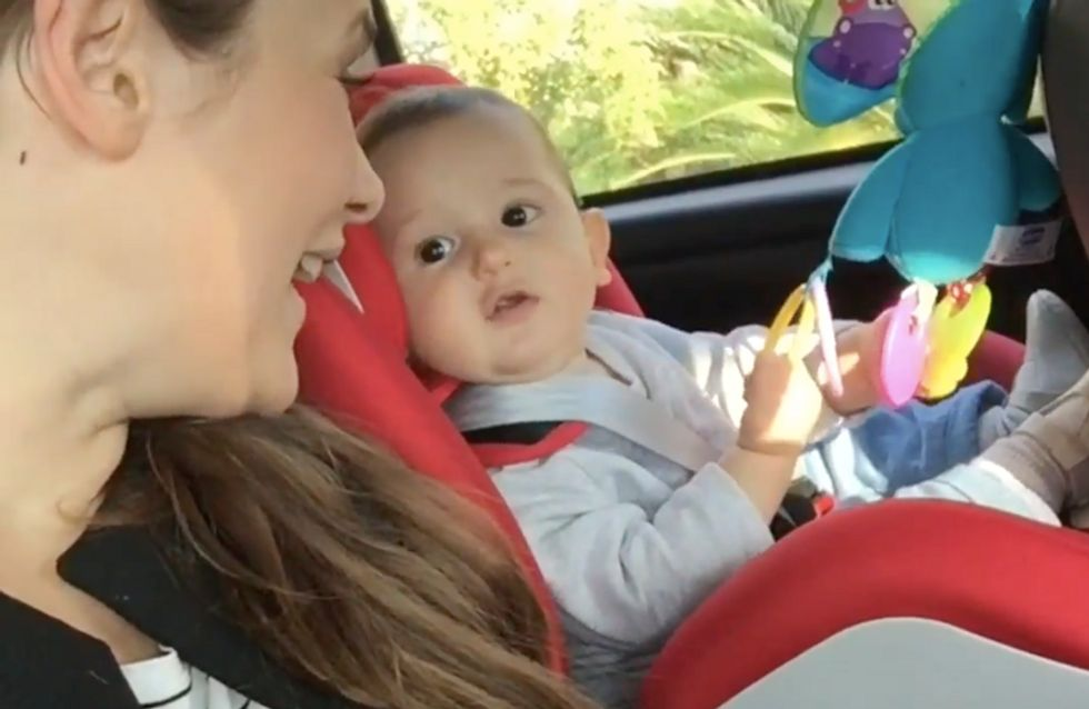 Mamme e bimbi in auto: basta un po' di musica e il divertimento è assicurato!