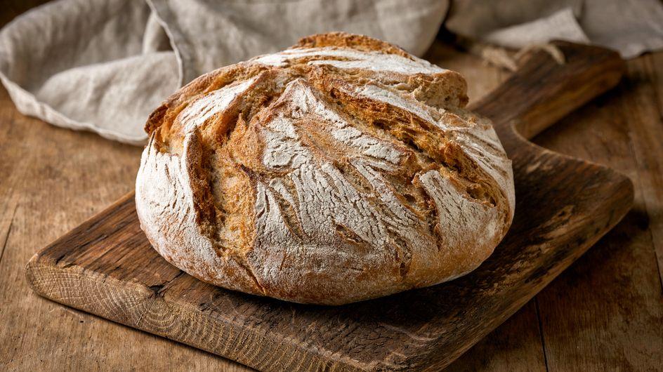 ¿Quieres la receta del auténtico pan de pueblo? ¡La tenemos!