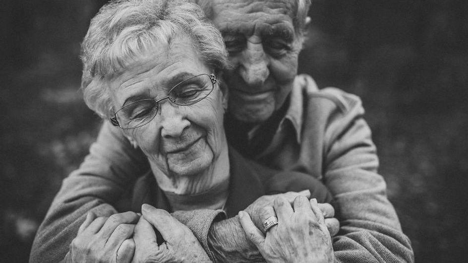 Esta pareja lleva más de 60 años unida y sus fotos son puro amor