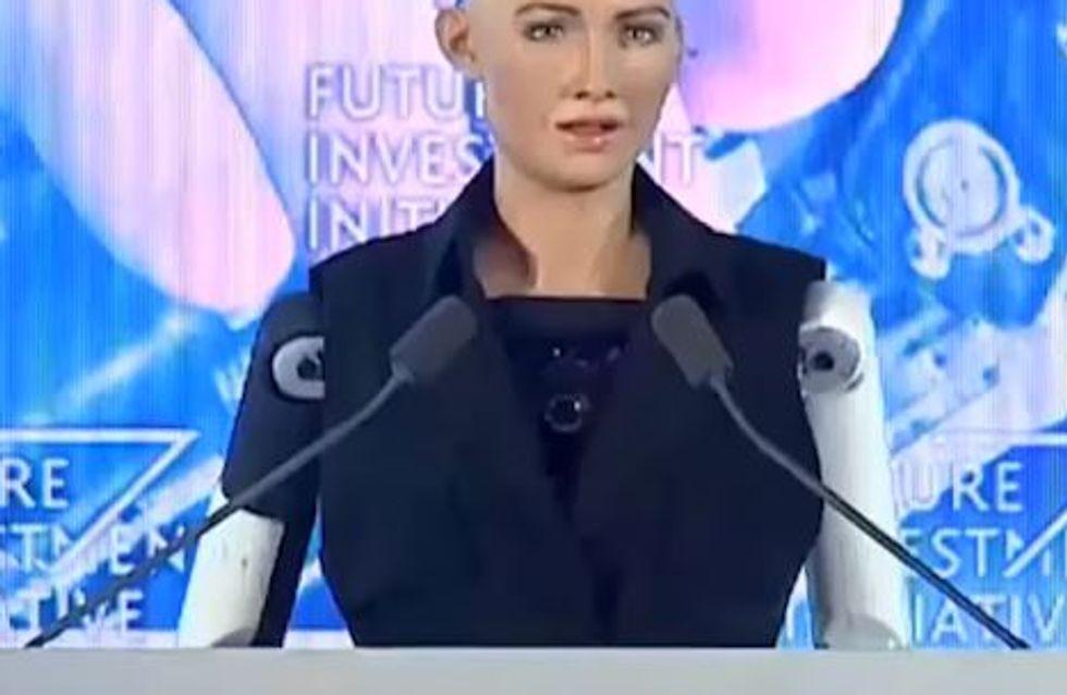 En Arabie saoudite, Sophia est le premier robot citoyen, qui a plus de droits que les Saoudiennes...