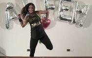 5 movimenti di Zumba per perdere peso e divertirsi. Li abbiamo provati anche noi