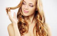 Linguaggio del corpo: qual è il significato psicologico di arrotolare i capelli?