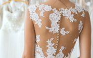 Come scegliere l'abito da sposa perfetto in base alle tue forme