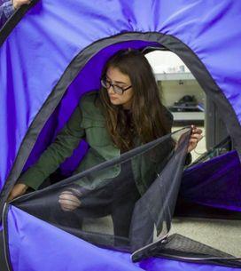 Des jeunes Américaines ont inventé une tente solaire pour les SDF