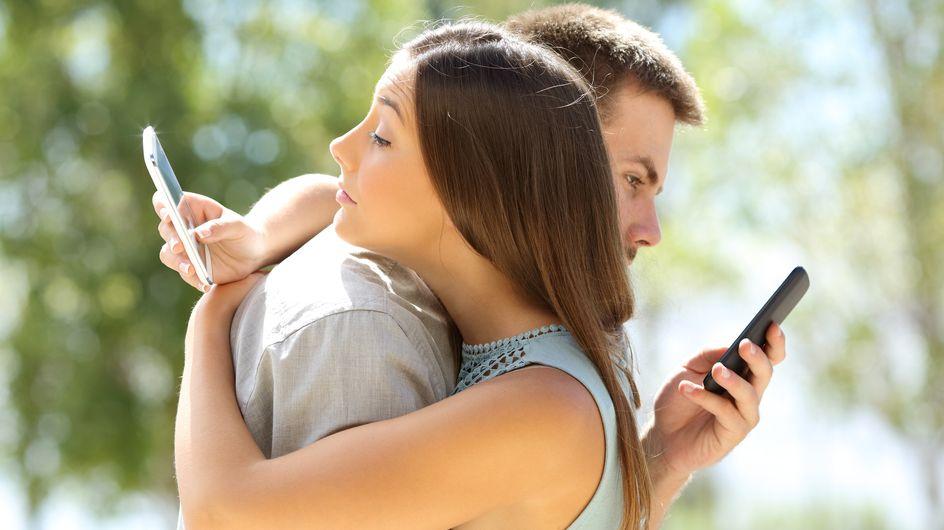 """Le """"cushioning"""" en couple ? Votre partenaire est peut-être coupable..."""