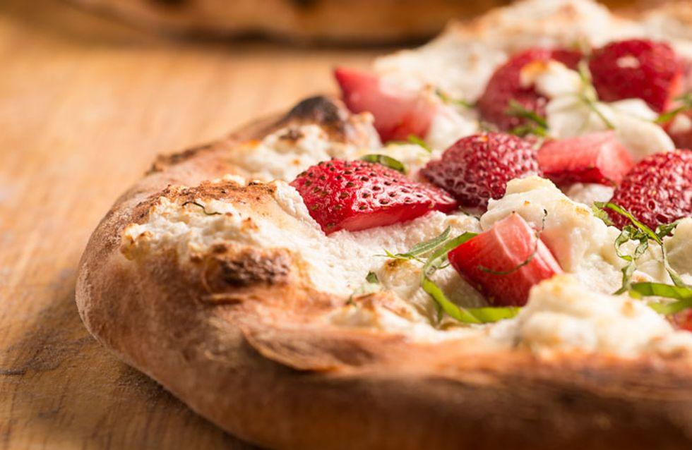 La pizza con fresa ha llegado a nuestras vidas y la gente está muy indignada