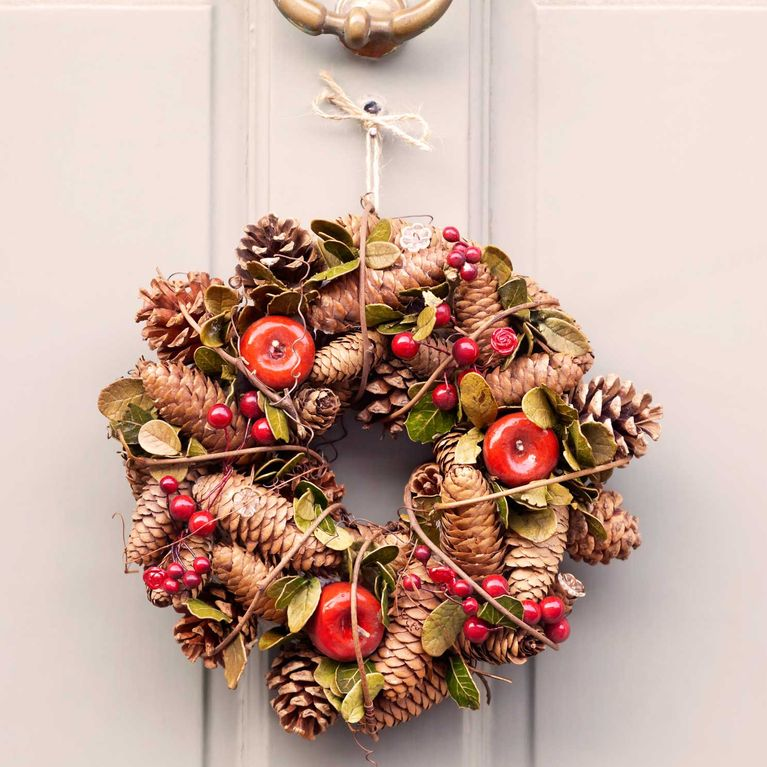 Formas De Decorar En Navidad.Adornos Navidenos Con Pinas Ideas Para Decorar Tu Casa
