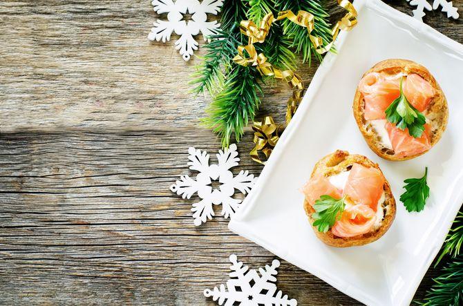 Recetas de Navidad: rollitos de salmón y gambas